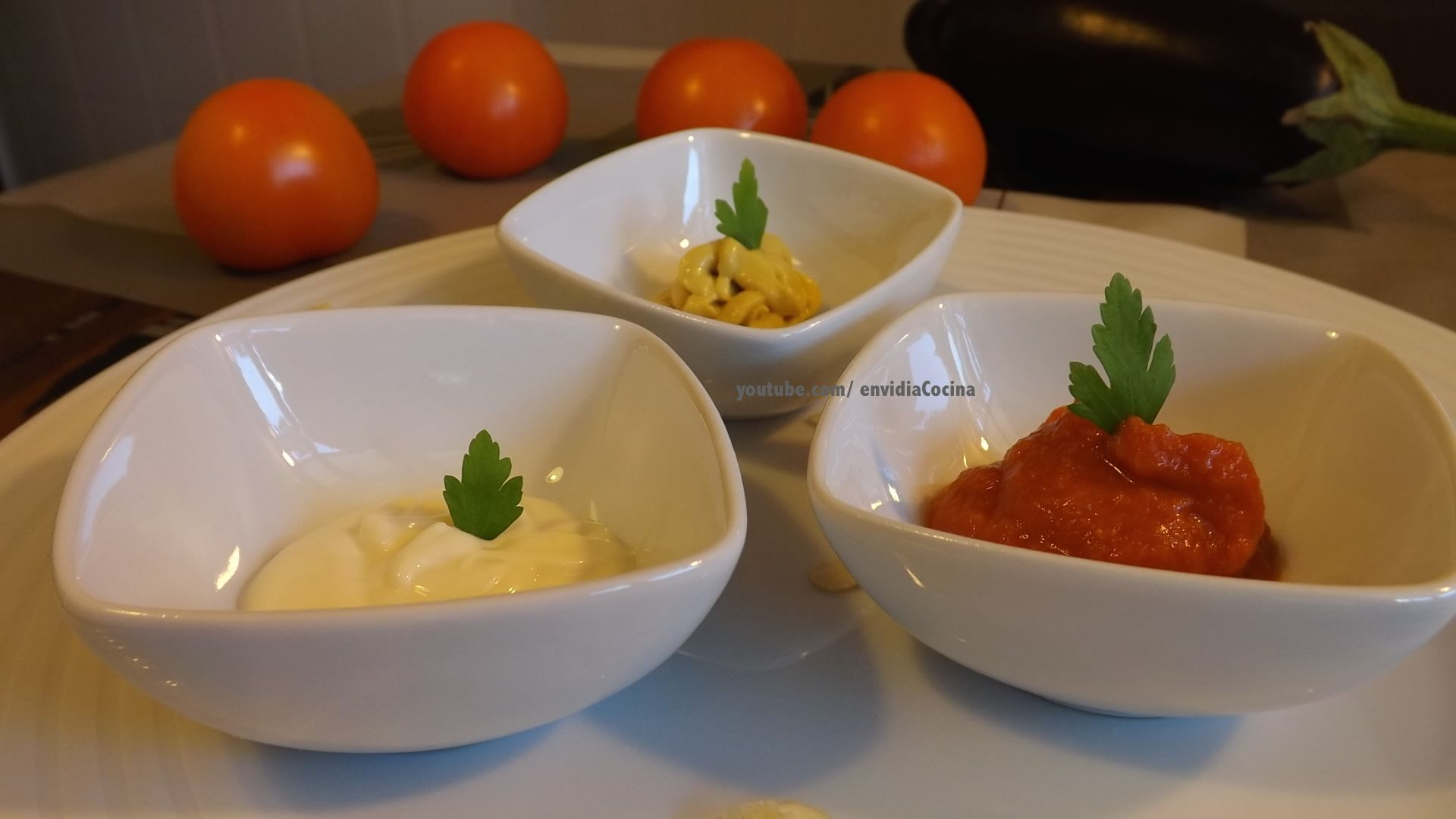 Salsa de yogurt.