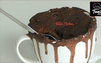 Bizcocho de chocolate en taza   Mug cake