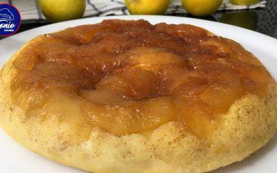 Pastél de manzana en sartén